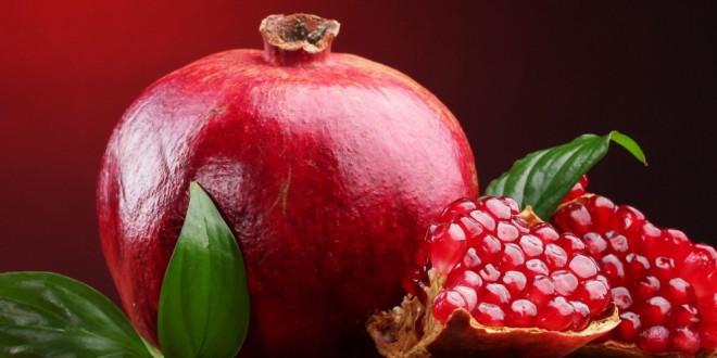 مقال - فوائد مهمة تجعلك تثابر على تناول الرمان يوميا